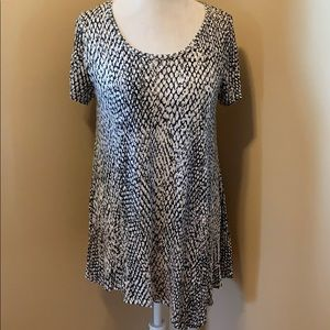 a.n.a Tunic Blouse - Size Large